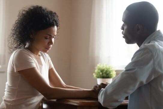 Dificuldades para engravidar atingem até 15% dos casais. Conheça algumas causas frequentes de infertilidade.